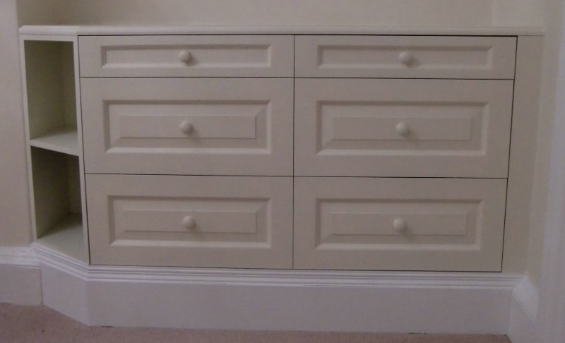 Hand painted drawer unit