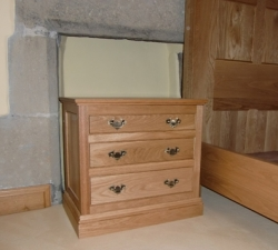 Solid Oak Bedside Drawer Units
