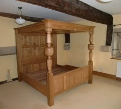 Solid Oak, hand turned four poster king sized bed