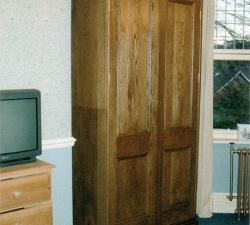 Solid Oak free standing wardrobe