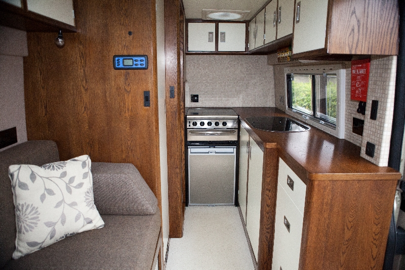 motorhome-kitchen