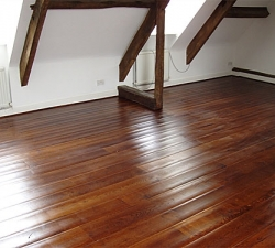 Antiqued Dark Oak Flooring