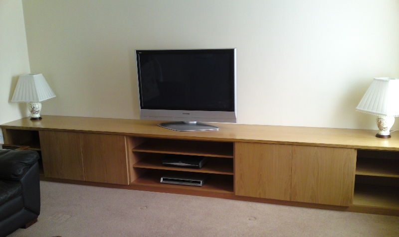Oak Veneered TV Unit