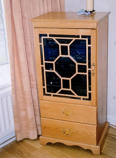 Solid Oak HiFi Cabinet