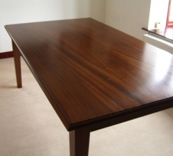 Sapelle Dining Table