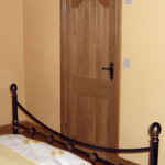 Internal Doors - Solid Oak Door & Architrave